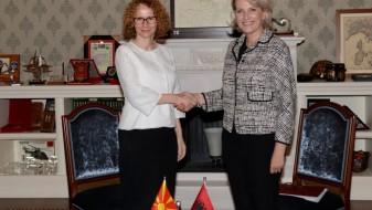 Албанија дава силна поддршка за членство на Македонија во НАТО