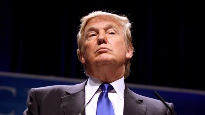 Рејтингот на Трамп скокна заради Северна Кореја