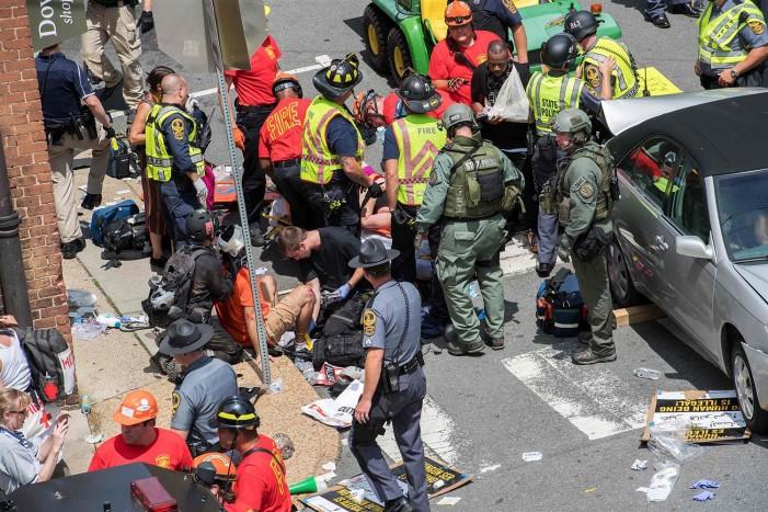 (ВИДЕО) Едно лице загина на протестот во Вирџинија