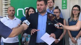 Општина Центар му објави војна на Коце Трајановски за паркиралиштата
