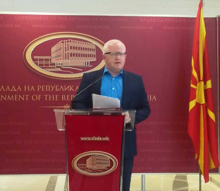Рашковски со кривична пријава против Кирил Божиновски поради вработувањата во Владата