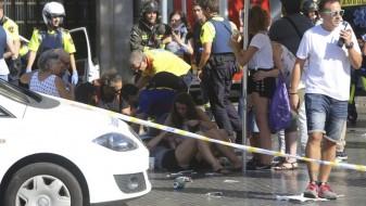 Напаѓачите во Барселона се вооружиле со 120 плински боци