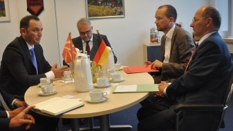 Османи: Германската поддршка е од суштинска важност за Македонија