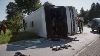 Сообраќајна несреќа во Германија, најмалку 44 повредени