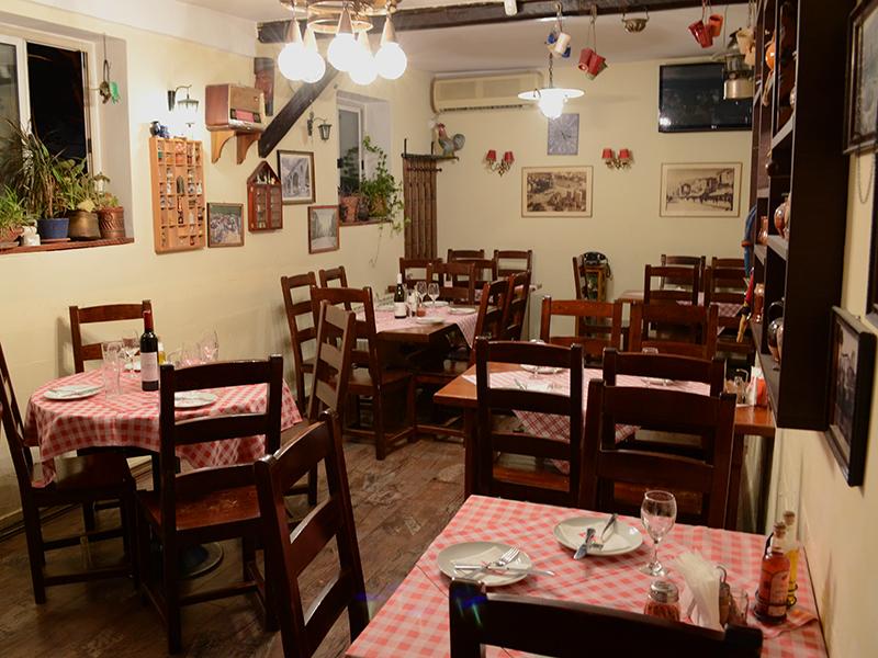 Пет лица се затруле од храна од  Гостилница ДМ  во Скопје