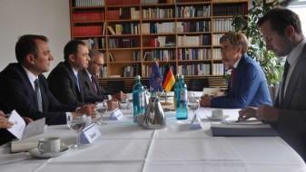 Османи: Германските фондации може да помогнат во изградба на консензус за евроинтеграциите