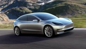 """""""Тесла"""" ќе се задолжи 1,5 милијарда долари за да го зголеми производството на """"моделот 3"""""""