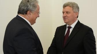 Иванов до Коѕијас: Најголема мерка на доверба е да се тргне блокадата за Македонија