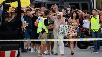 Двајца од терористите упасени, последниот убиен во престрелката во Барселона