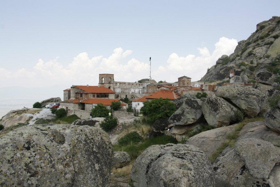 ЦУК  Во моментов не постои опасност за манастирот Трескавец