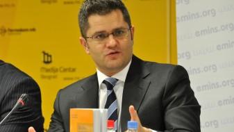 Јеремиќ: Повлекувањето на персоналот од амбасадата е дипломатски дилетантизам