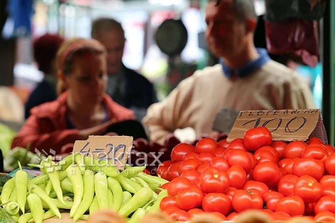 Пазарџиите на зелените пазари ќе можат да го регулираат работниот однос