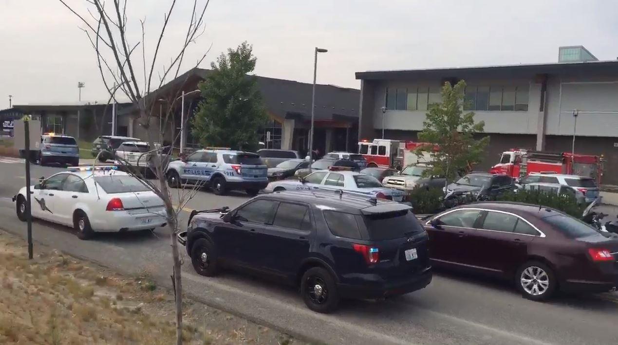 Истрели во средно училиште во САД  еден убиен