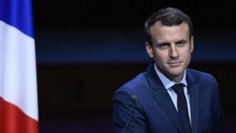 Макрон: Франција ќе продолжи да ја поддржува Грција да остане во еврозоната