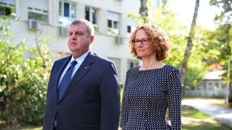 Шекеринска – Каракачанов: Договорот меѓу Македонија и Бугарија нема да остане само на зборови
