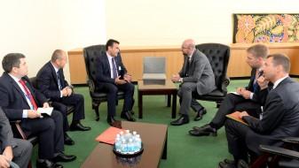 (ВИДЕО) Заев се сретна со белгискиот премиер Мишел
