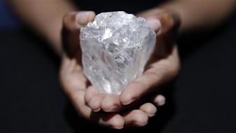 Најголемиот дијамант ископан во последните 100 години продаден 53 милиони долари