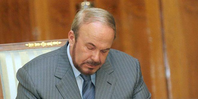 Поранешниот албански премиер Фатос Нано по нередите во 1998 година се криел во Македонија
