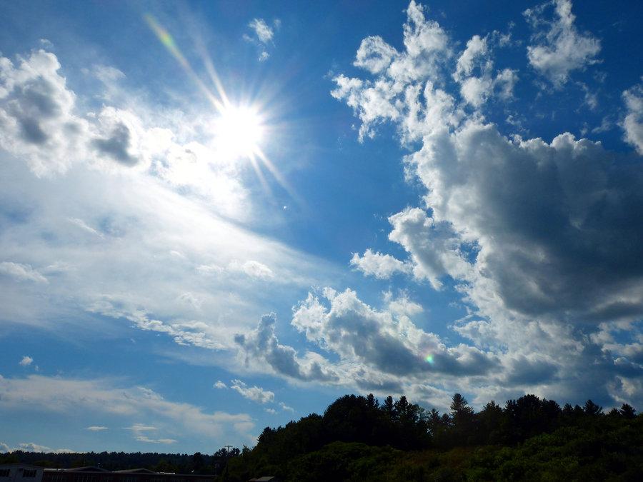 Утре сончево со мала до умерена облачност