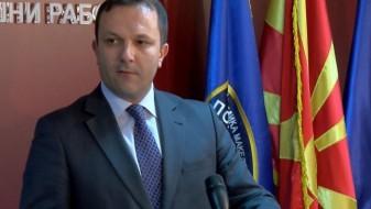 Оливер Спасовски се фали со туѓи чизми, тврди ВМРО-ДПМНЕ