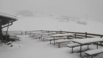 Во Словенија падна снег