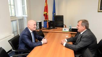 Шапуриќ и шпанскиот амбасадор зборуваа за унапредување на економска соработка помеѓу двете земји