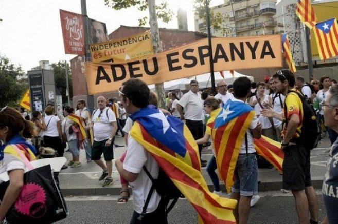 Каталонија соочена со можна граѓанска војна