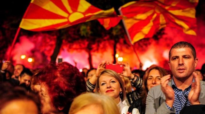 ВМРО-ДПМНЕ обвинува дека СДСМ води црна кампања за да победи во Скопје