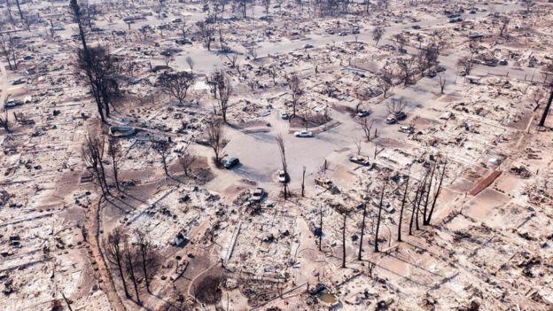 Расте бројот на загинати во пожарите во Калифорнија
