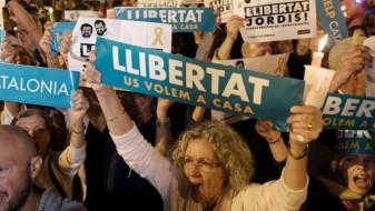 Шпанија утре ќе ја суспендира автономијата на Каталонија