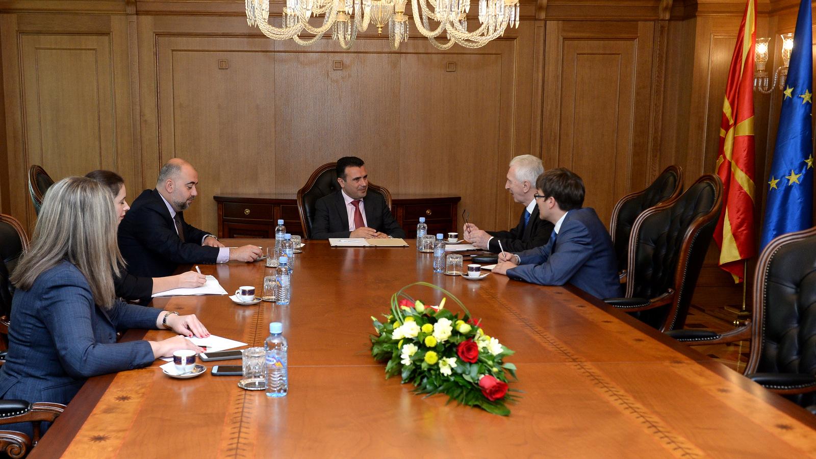 Заев се сретна со рускиот амбасадор Шчербак
