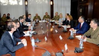 Стратегиски разговори за унапредување на соработката во одбраната меѓу Македонија и Франција