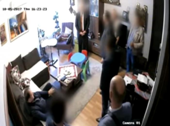 (ВИДЕО) Панчевски обвини истражител на СЈО за кражба при претресот на домот
