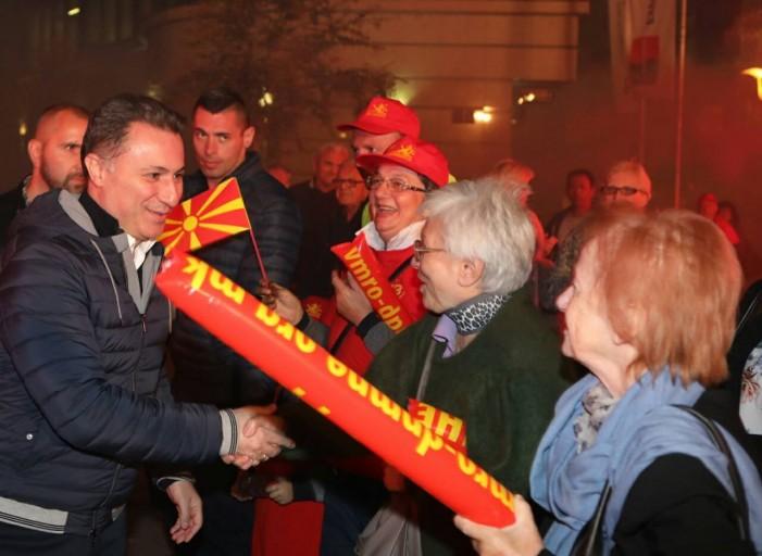 Полицијата спречи напад со спреј-солзавец на Никола Груевски