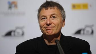 "(ВИДЕО) Ексклузивно: Премиера на новиот филм ""Бикини Мун"" на Манчевски во Бразил"