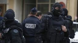 Во Франција уапсени десетмина за планирање убиства на политичари