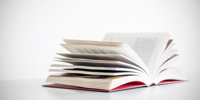 """Промоција на книгата поезија """"На вечниот сопатник"""" на поетот Екрем Јашаров"""