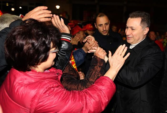 Груевски: Нема да клекнеме на колена под ниту една закана
