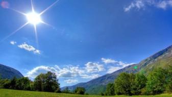 Денеска сончево и топло време, од утре дожд и заладување