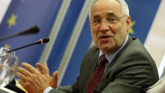 Вајгл: Поради мешање на Русија, ЕУ го сака Западен Балкан
