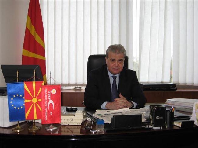 Аднан Ќахил се повлекува  Партијата за движење на Турците ќе бира нов лидер
