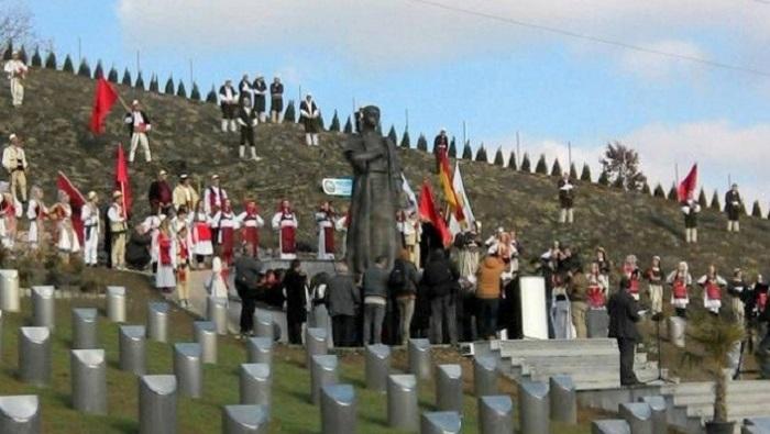 Ахмети ќе бара од Собранието да осуди злосторства извршени пред 104 години