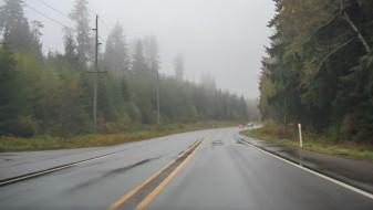 Тековен сообраќај по влажни коловози