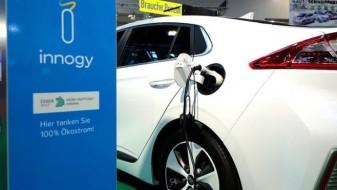Автомобилските компании во ЕУ да ги намалат емисиите на CO2 30 отсто дo 2030 година