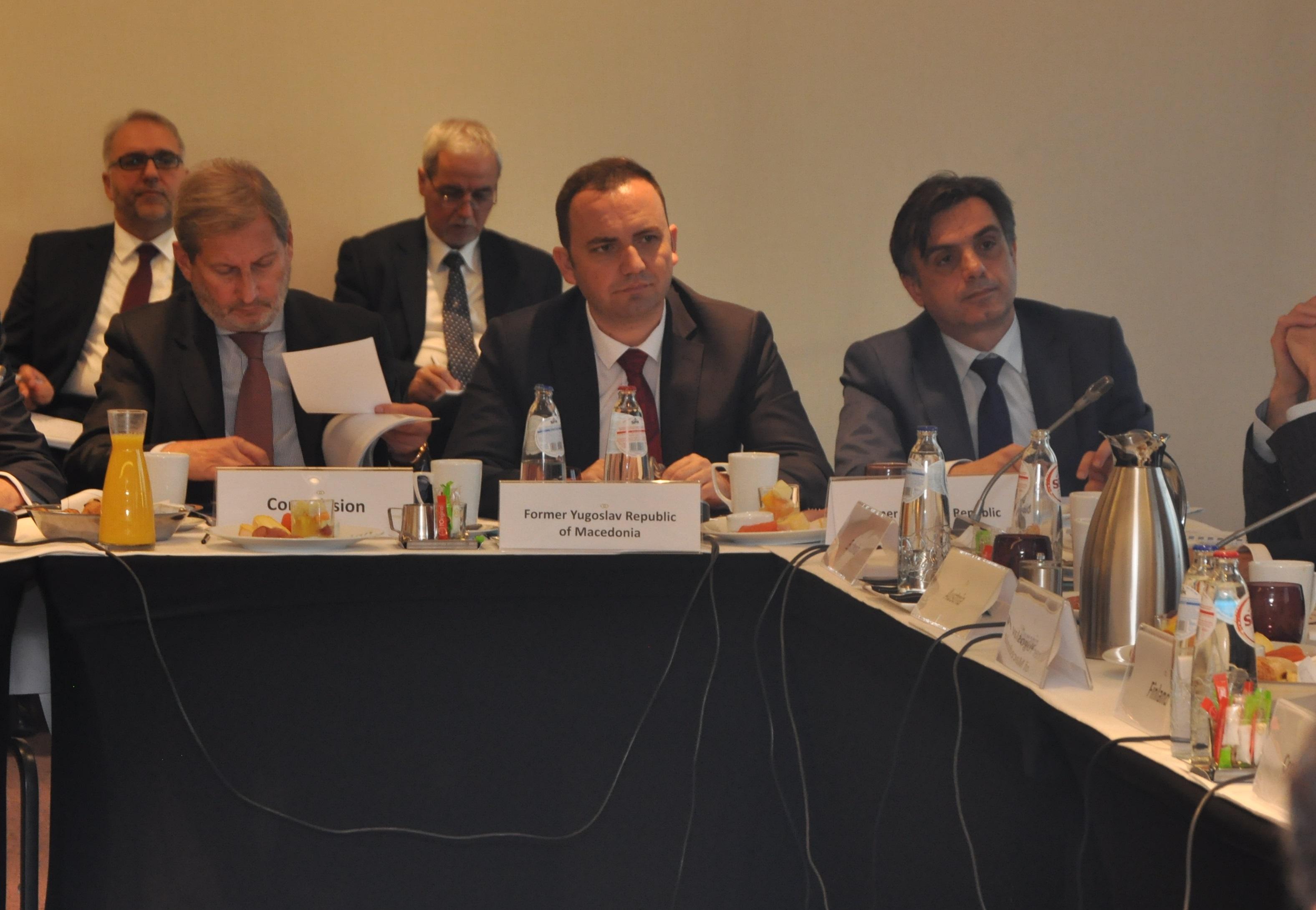 Османи  По изборите Владата е целосно посветена на реформите