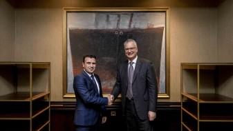 Средба на Заев со делегација на ДС: Во односите меѓу двете партии постои континуитет на размена на искуства