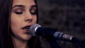(Видео) Со преработка на песна од Адел, младата Антонела ќе ја освојува сцената