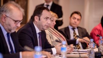 Османи на средби со Могерини и Хан ќе разговара за новите можности на Македонија