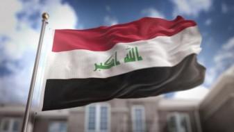 Ирачкиот премиер го развиори знамето на Ирак на границата со Сирија