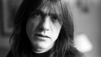 Почина гитаристот и основач на AC/DC – Малколм Јанг